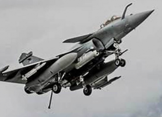 Govt feels jittery about sharing Rafale price