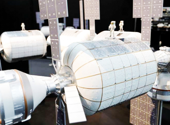 Inflatable space lodges for astronauts