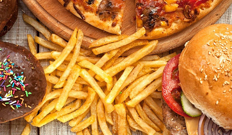 Draft Asking for Ban on Junk Foods in Schools