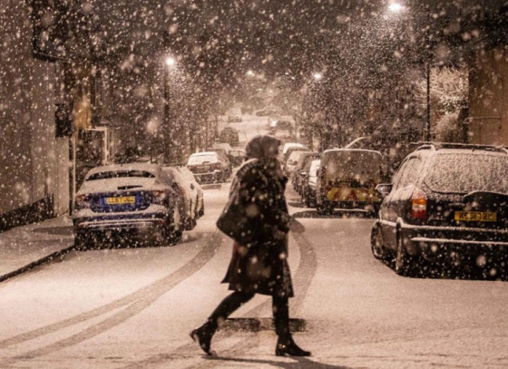 Temperature drop in UK brings chilly weather