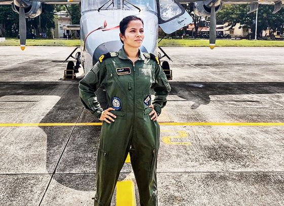 First woman pilot for Indian Navy