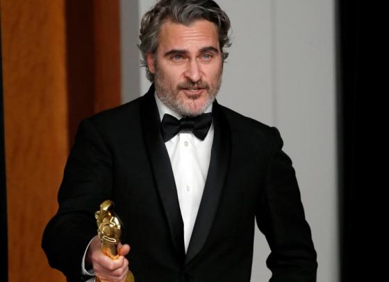 Joaquin Phoenix wins Best Actor Award
